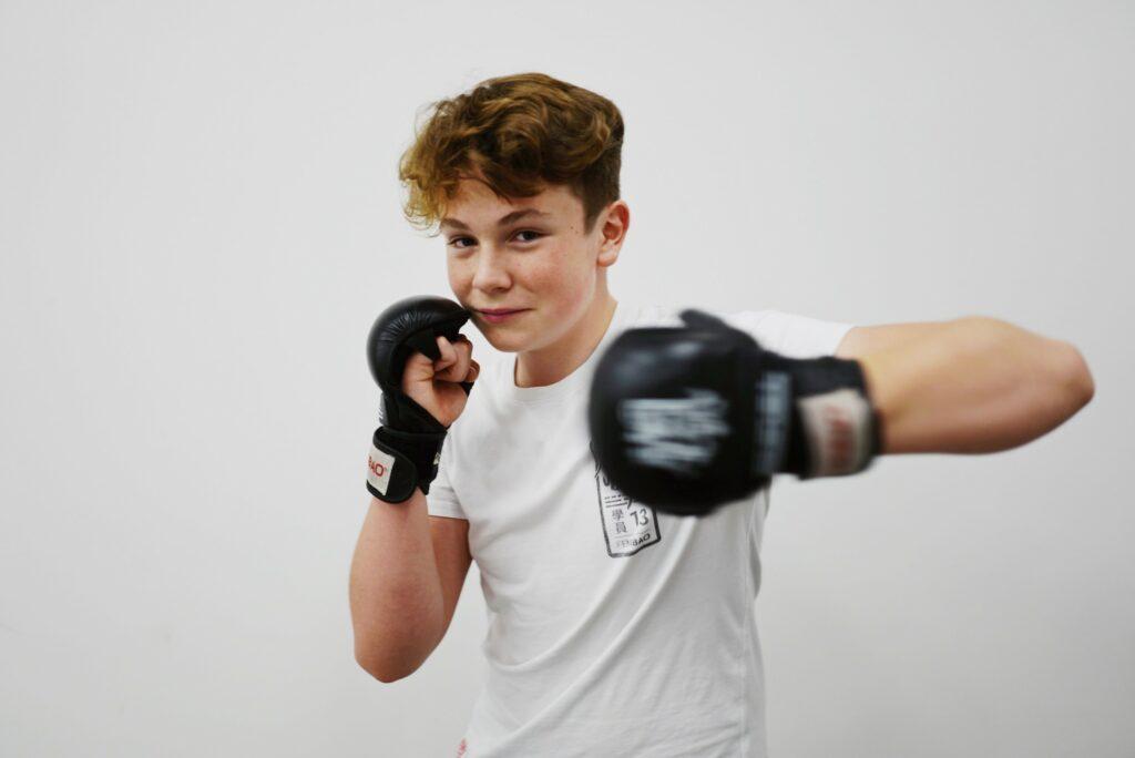 fengbao kung fu wien 8 18 hobby kampfsport training boxen martial arts kampfkunst jugend scholarship jugendliche sport
